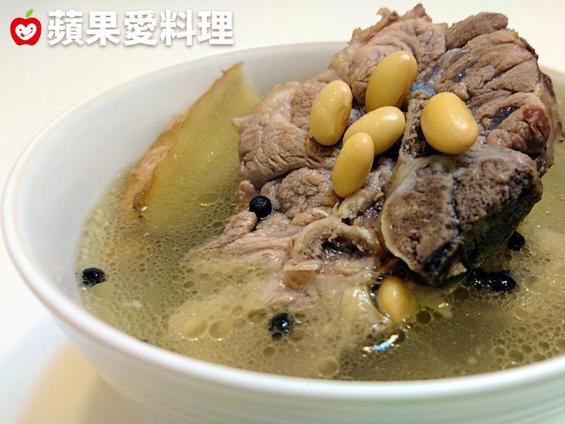 馬告黃豆排骨湯(電鍋版)