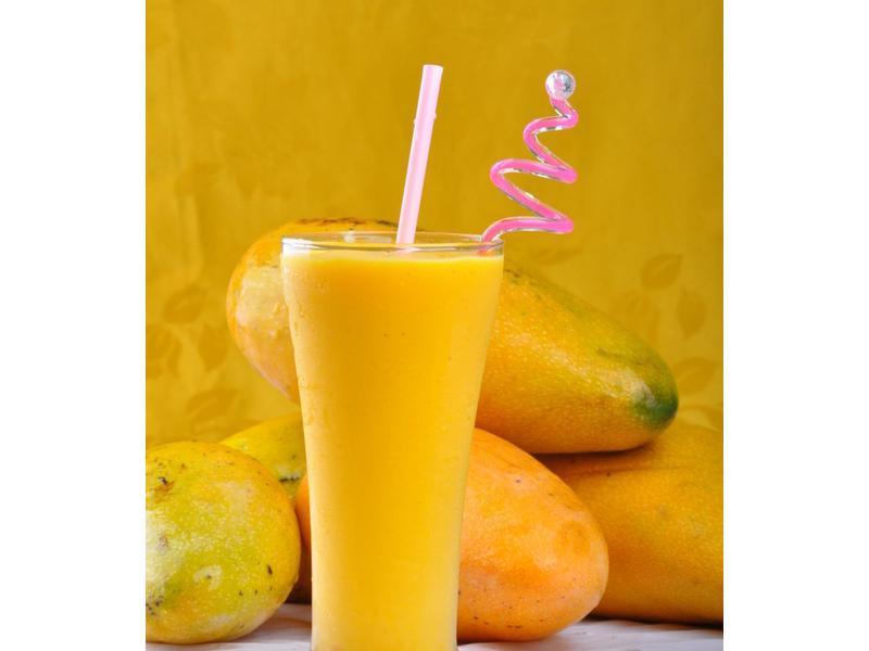 新鮮芒果牛奶冰
