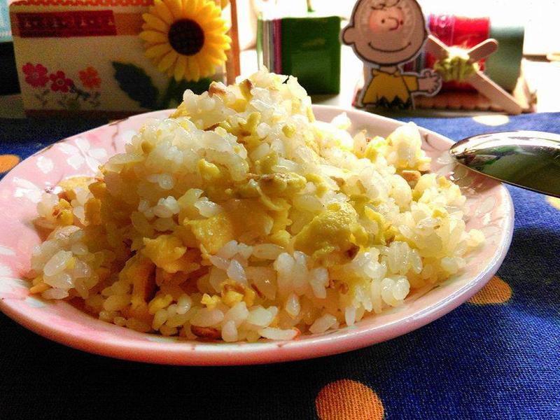 【#麻油薑蛋炒飯】*外宿料理