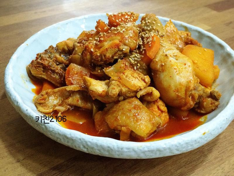 韓式辣燉雞湯--닭볶음탕