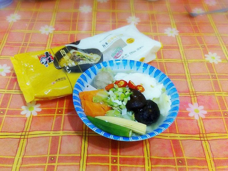 什錦貢丸肉燥風味麵-五木拉麵