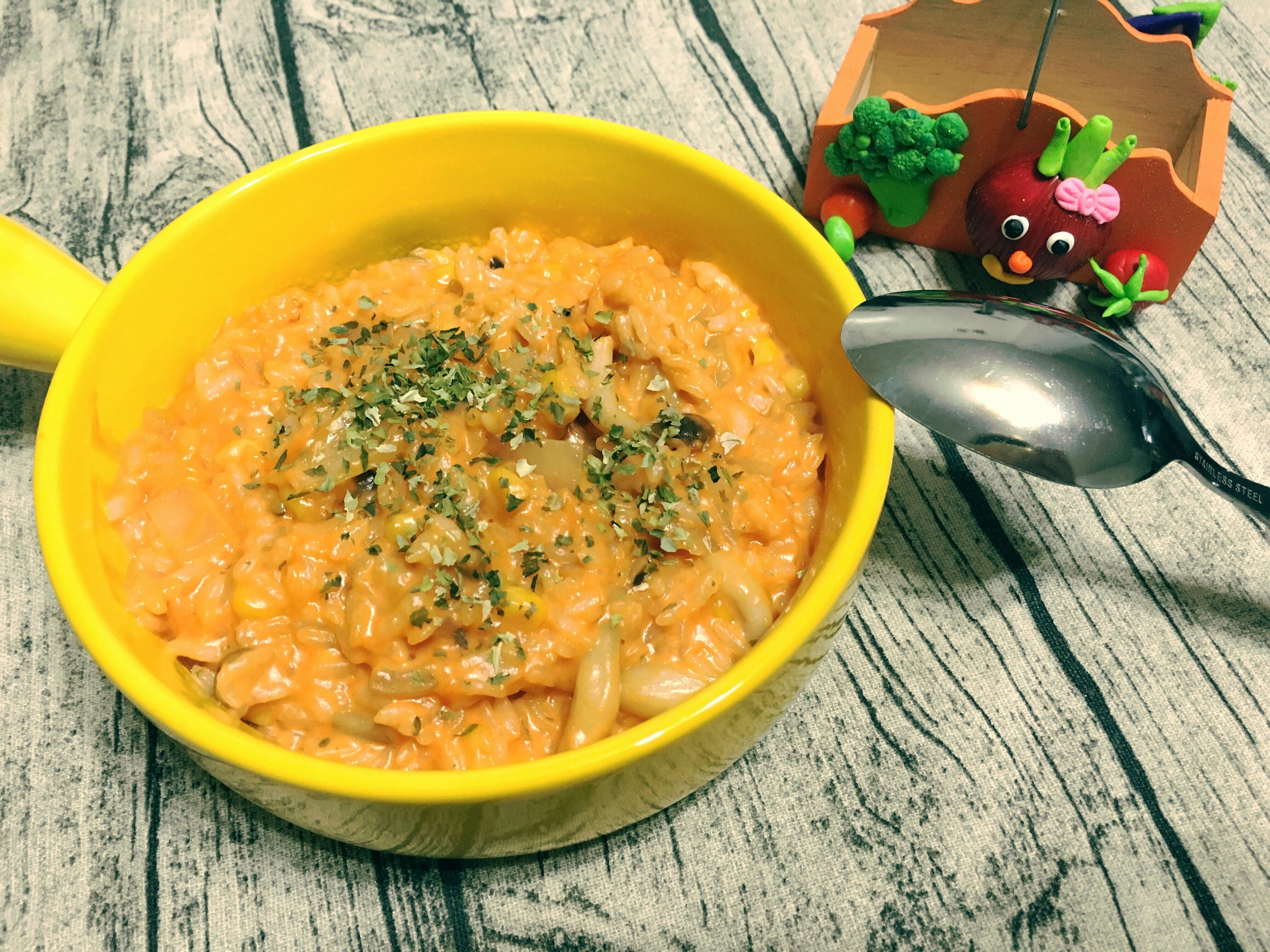 大人小孩都喜歡的蕃茄菇菇燉飯