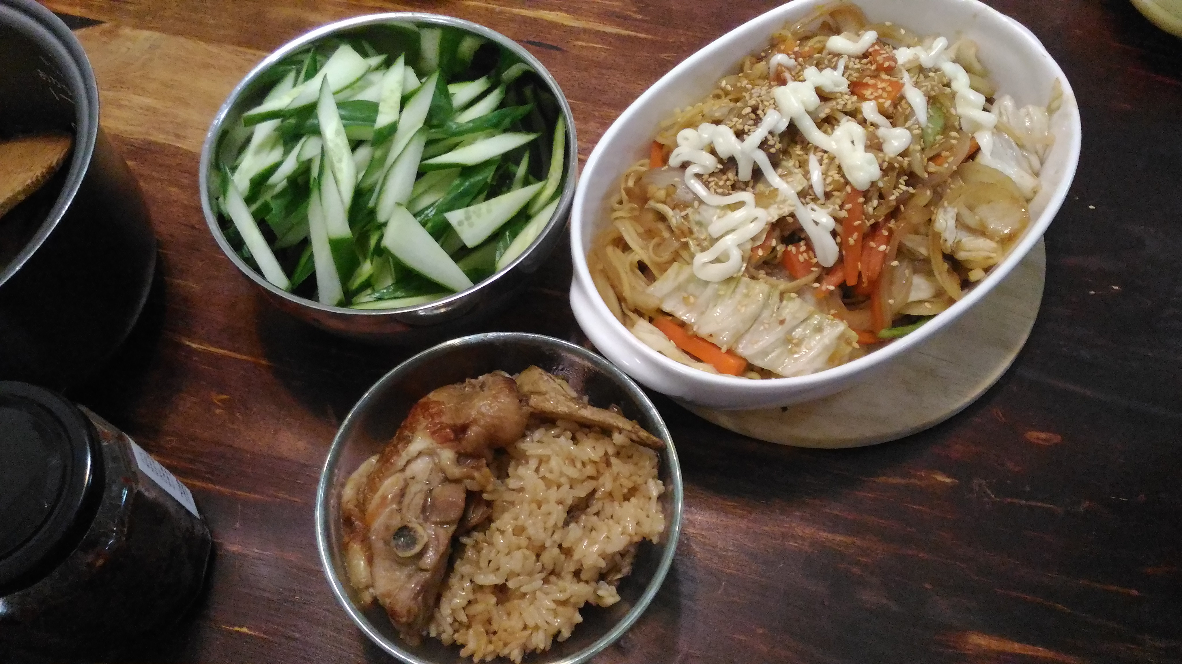 日式炒麵+麻油雞飯