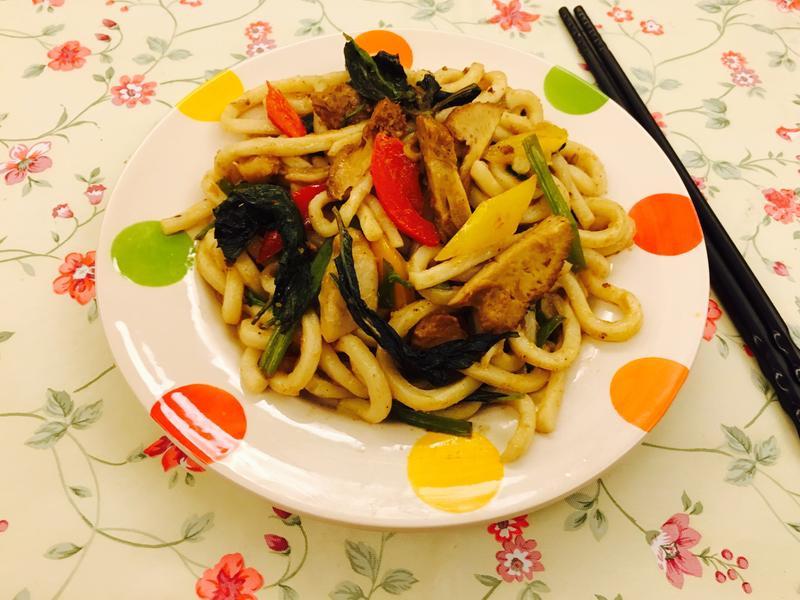 「五分鐘上菜」台式塔香菇菇炒烏龍