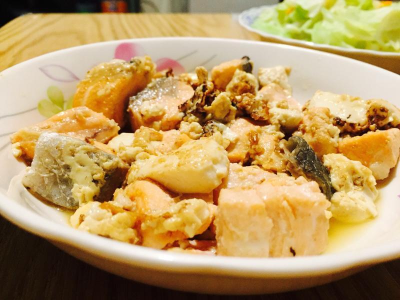 鮭魚燒豆腐