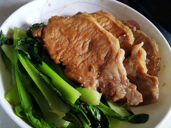 紅燒里肌肉佐青江菜(電磁爐料理)