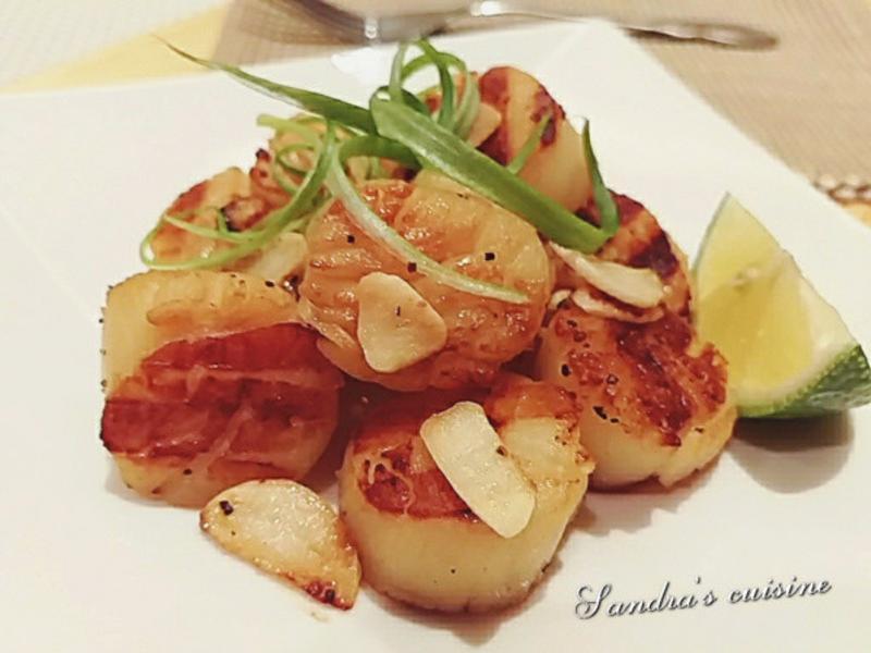 檸檬奶油蒜香干貝(陶瓷炭烤盤作料理)