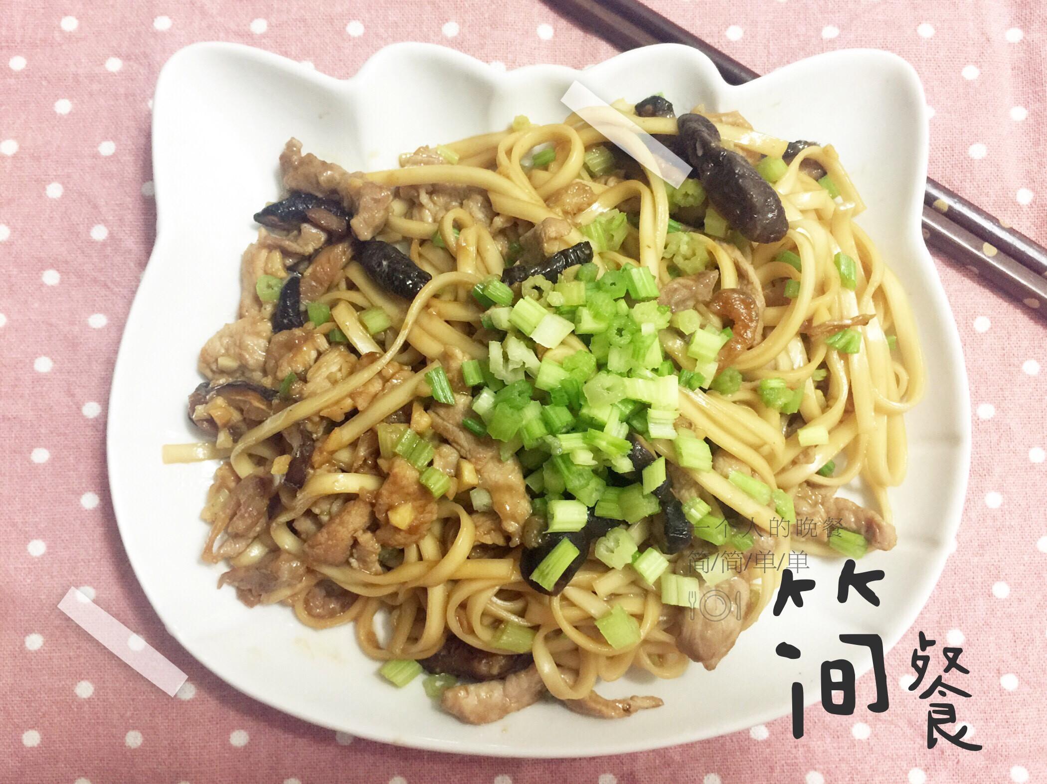 單人食堂-肉絲醬油炒麵