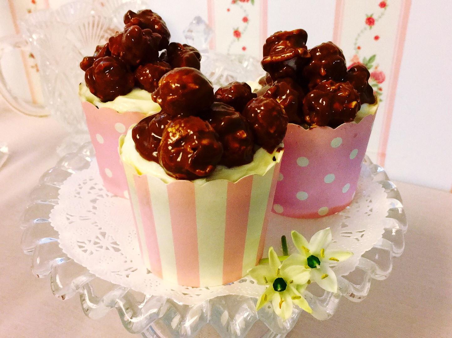 巧克力爆米花杯子蛋糕