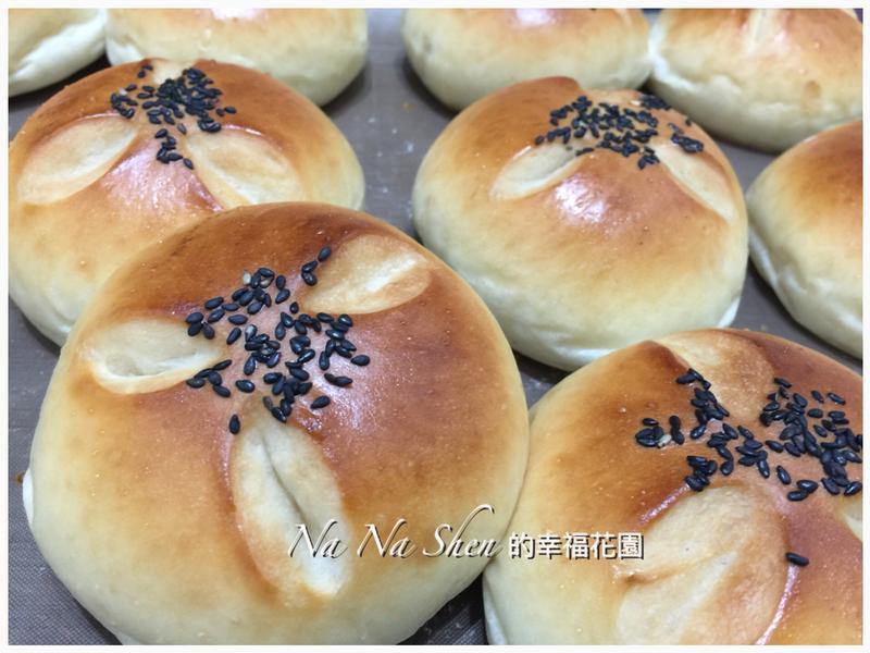 優格紅豆麵包