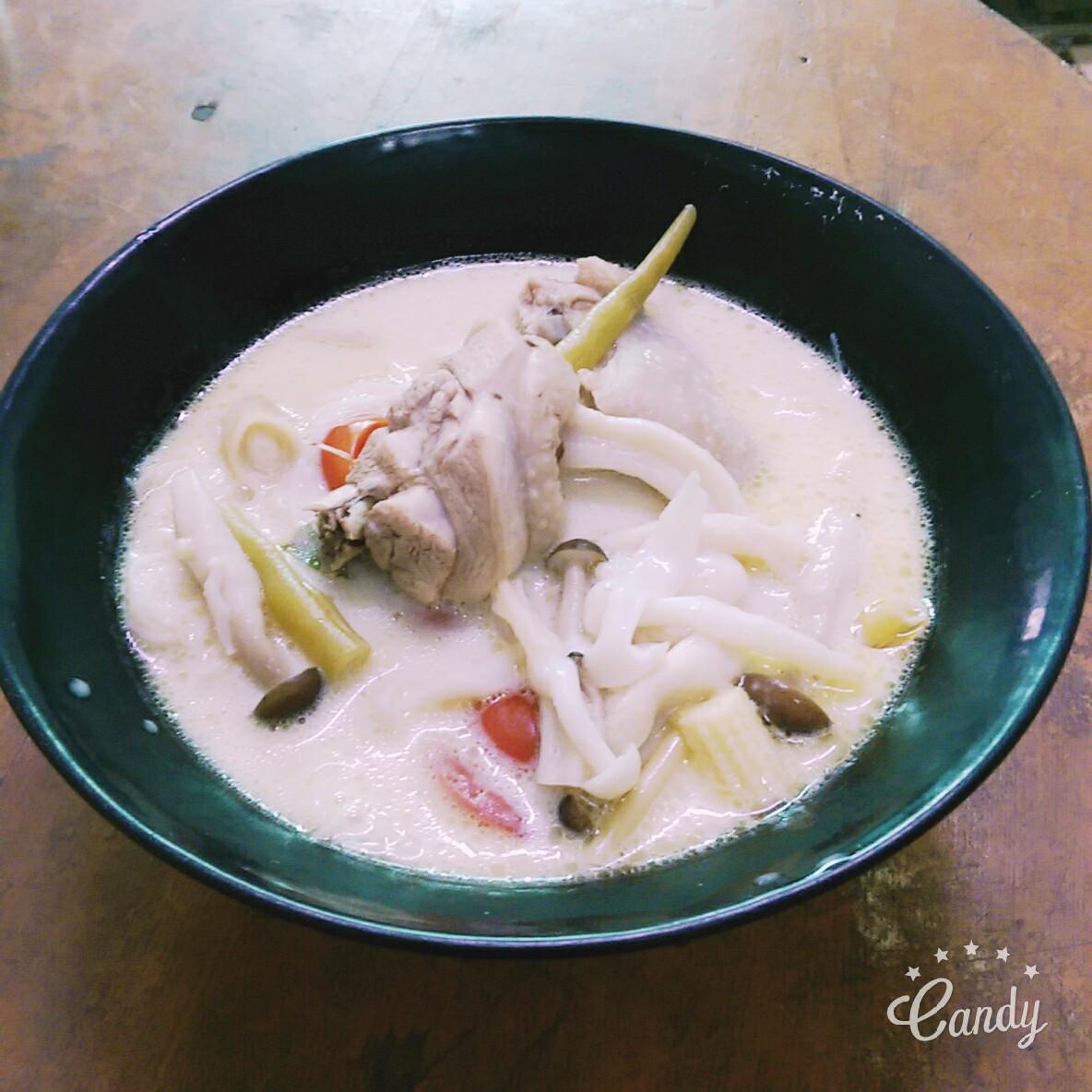 泰式椰汁雞湯