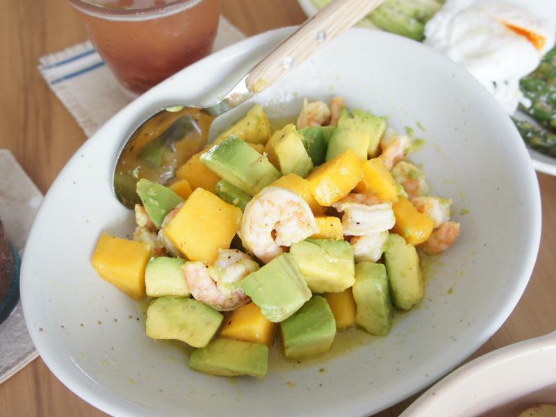 鮮蝦芒果酪梨沙拉