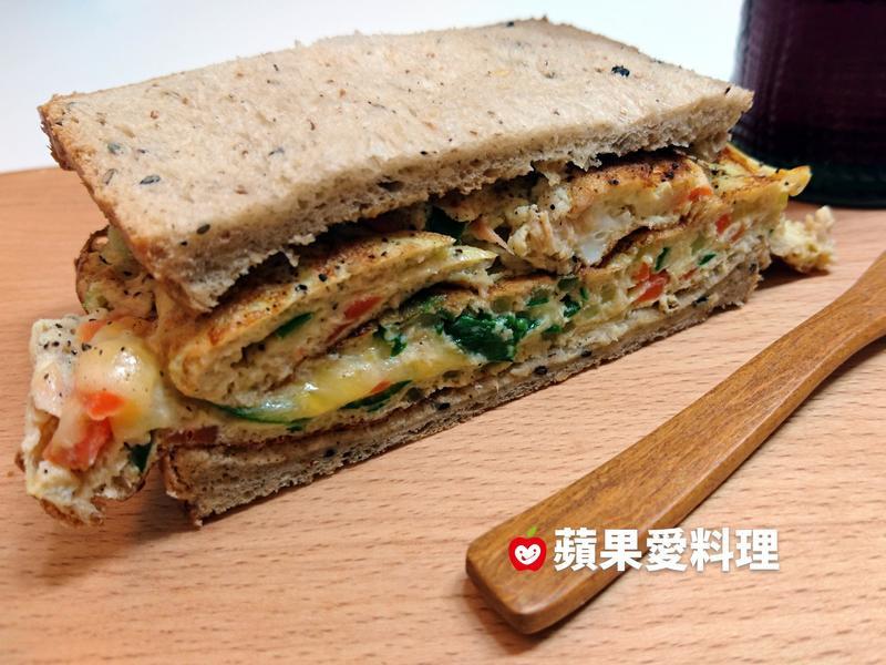 薄荷鮮蔬鮪魚蛋乳酪三明治(10分鐘)