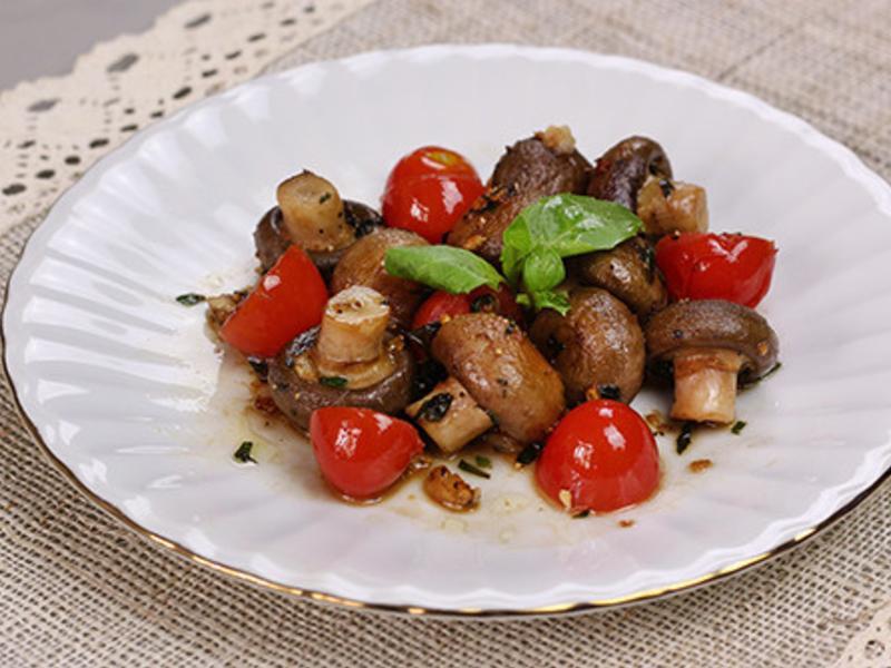 【 義式羅勒炒洋菇 】清甜洋菇+羅勒香氣