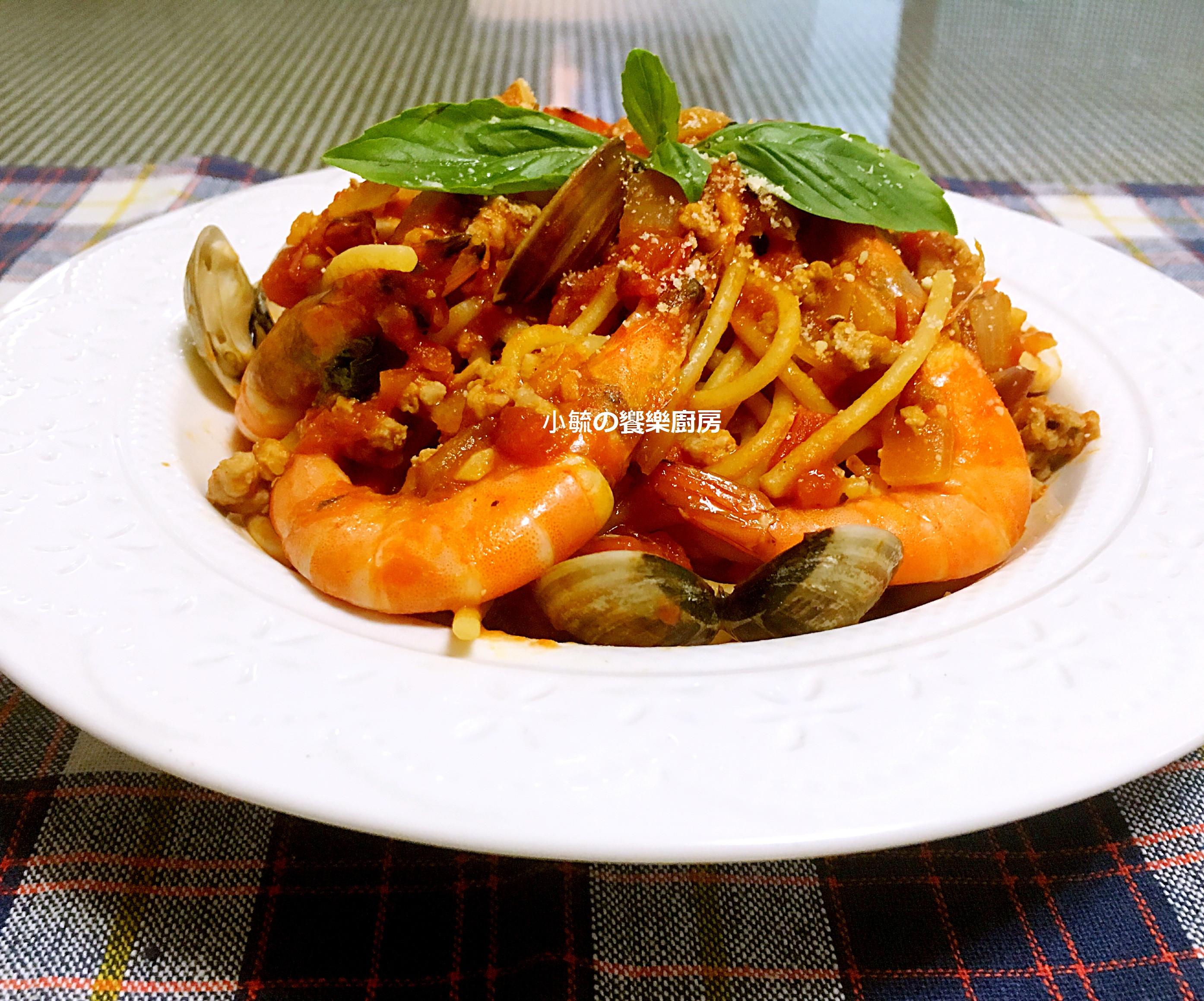 蕃茄海鮮義大利肉醬麵