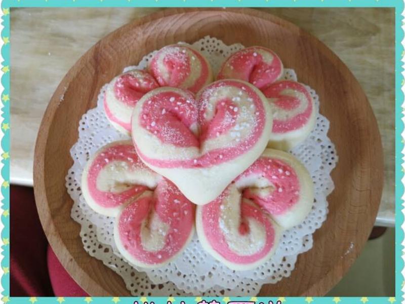 105T戀愛系草莓雙色白麵包~烘焙華爾滋