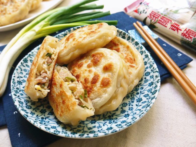 免桿免揉~【超簡單葱肉餡餅】-五木拉麵