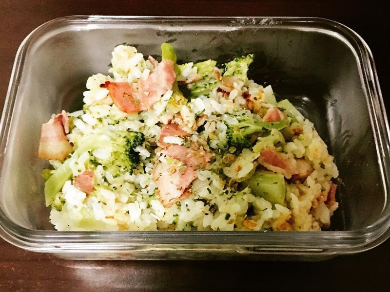 微電鍋-花椰菜培根白醬燉飯
