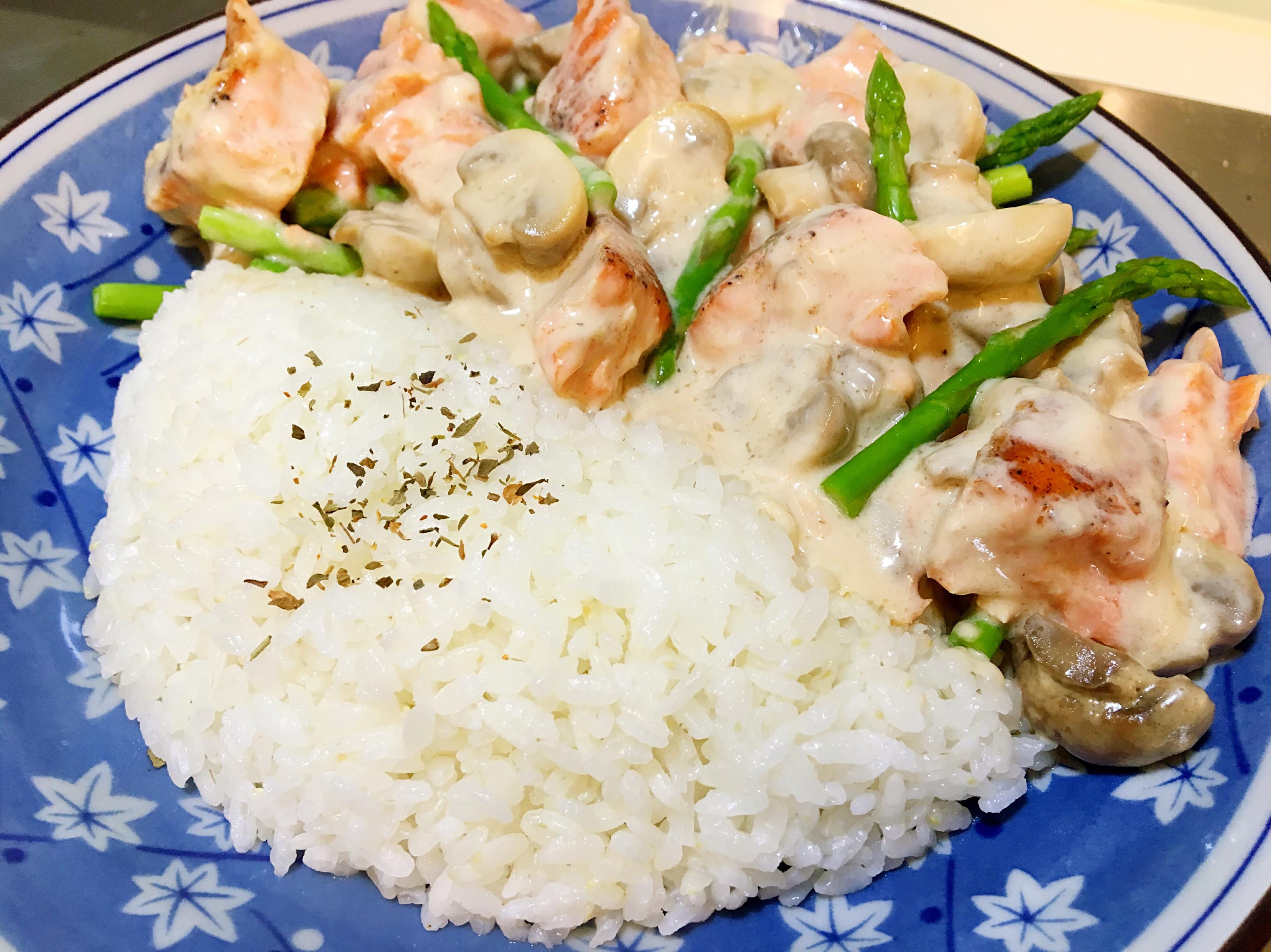 義式奶油鮭魚蘑菇飯(簡易版)