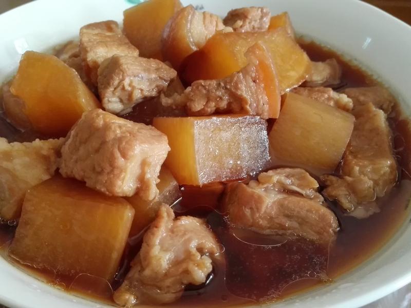 白蘿蔔燉五花肉