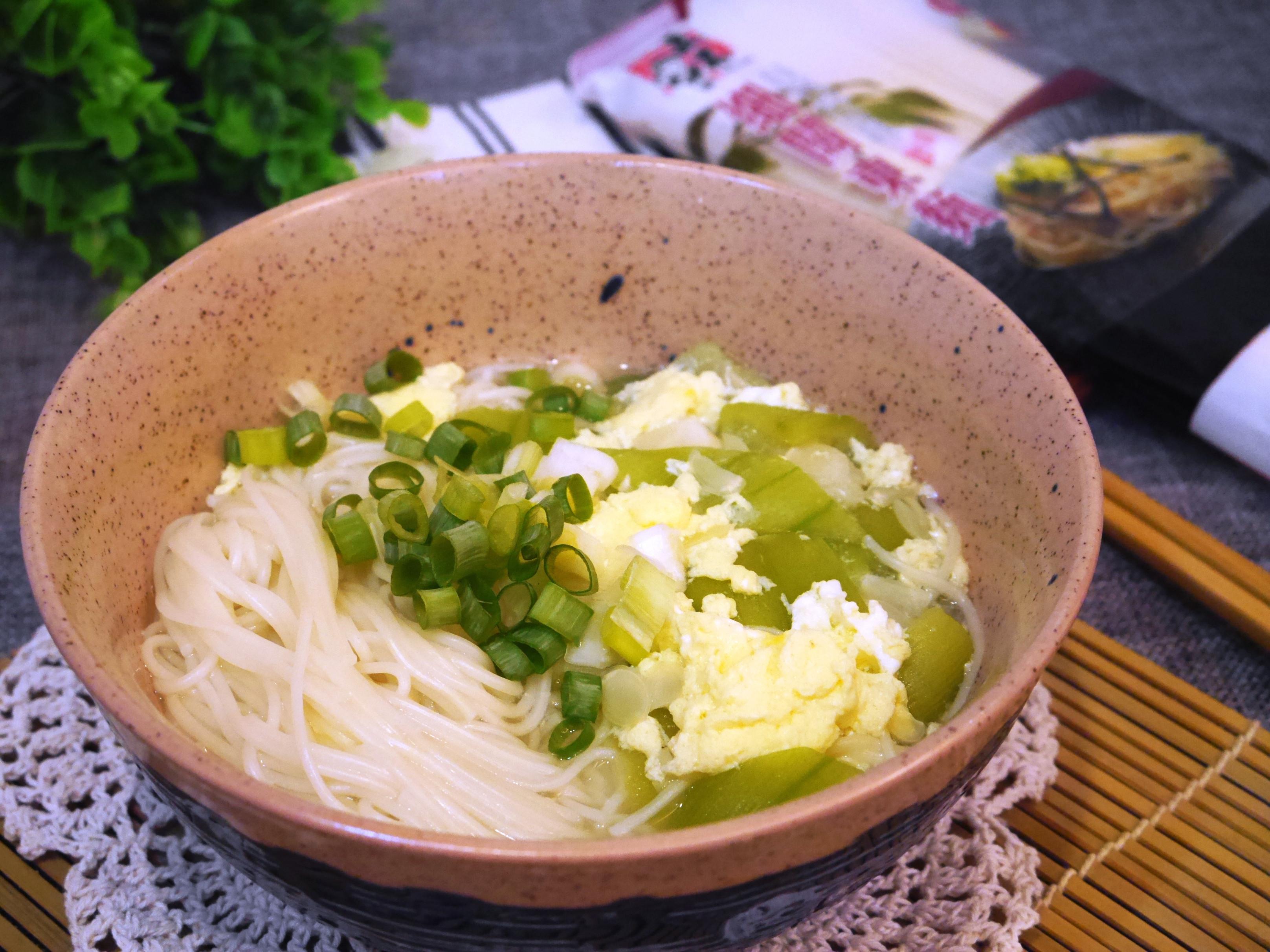 絲瓜蛋麵-五木拉麵