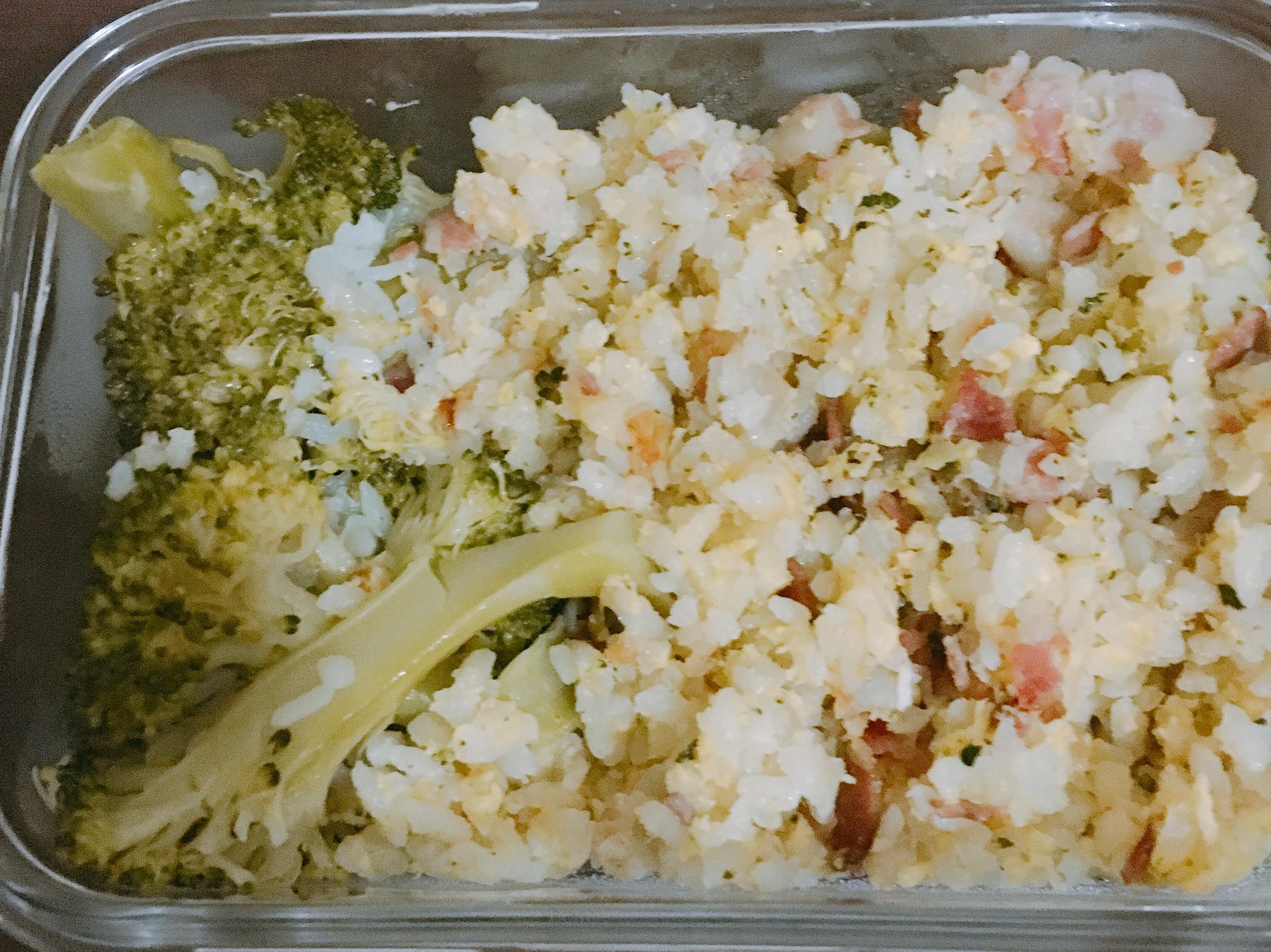 微電鍋-培根花椰菜蛋炒飯