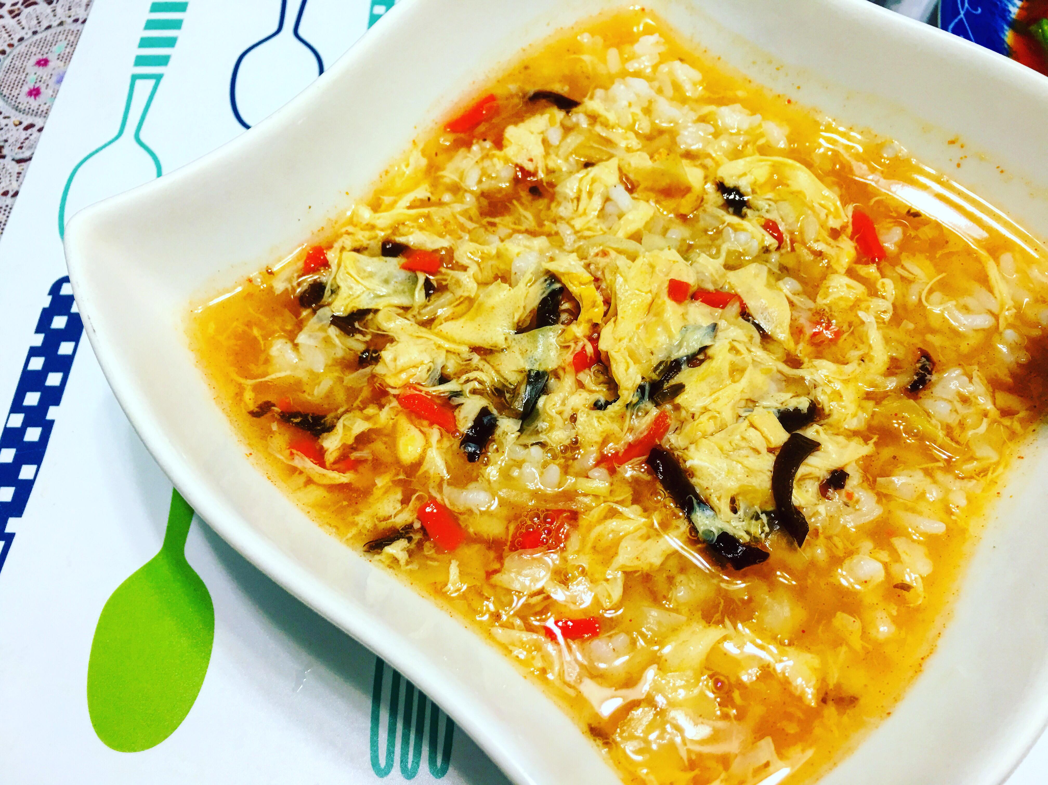 酸辣湯飯:超簡易懶人料理