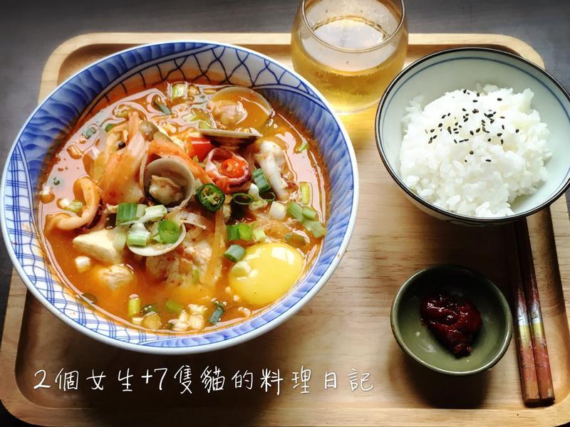 韓國媽媽的愛心宵夜-韓式海鮮辣豆腐鍋