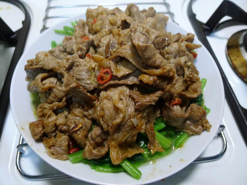 品靚上菜-沙茶牛肉(菠菜篇)