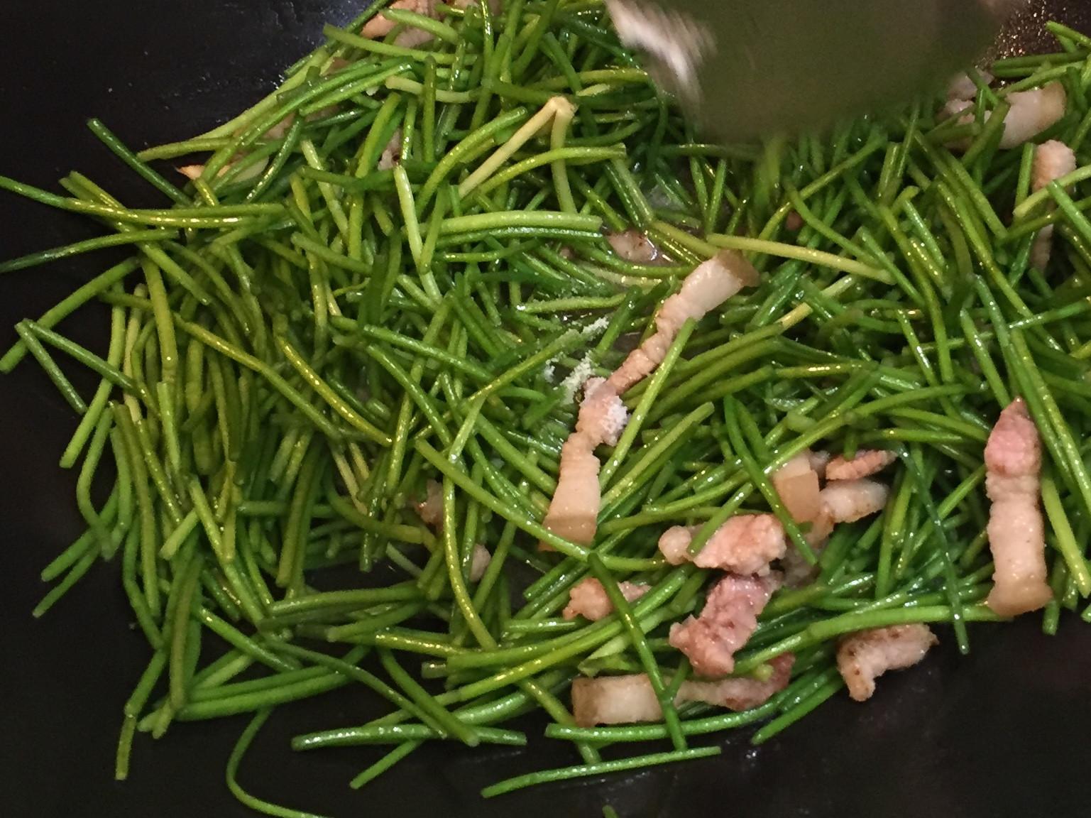 肉絲炒水蓮