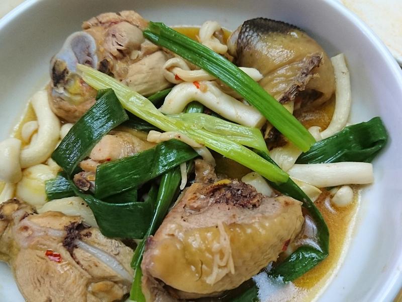 泰式菇菇雞