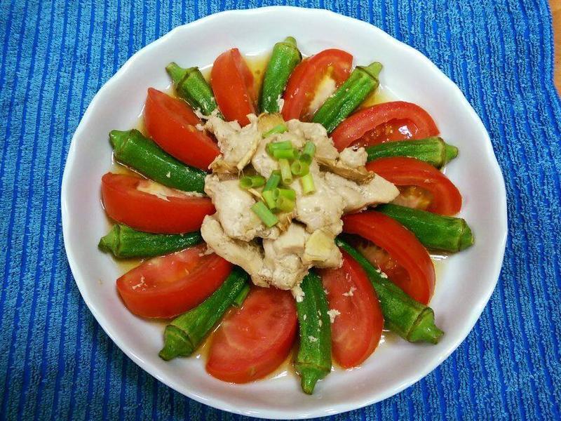 蕃茄秋葵醬燒雞肉(電鍋料理)