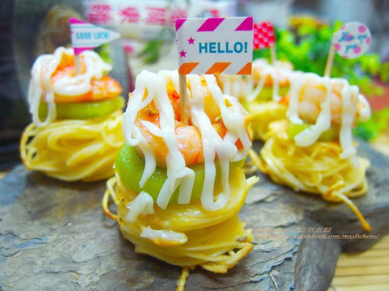 鮮蝦水果麵捲塔-五木拉麵