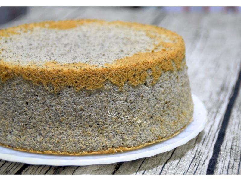 黑芝麻養生戚風蛋糕