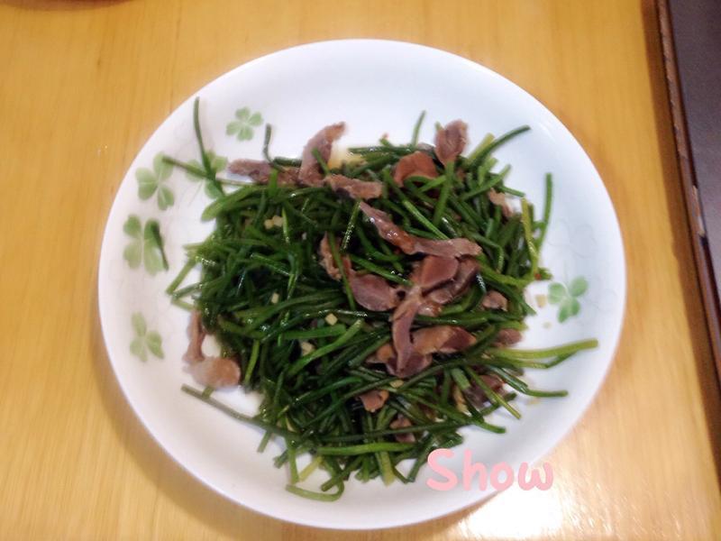 煙燻雞胗炒水蓮(無油版)