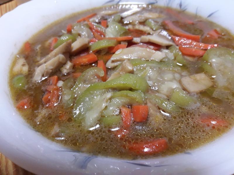 鮮菇燴絲瓜~~~~^-^(素食)
