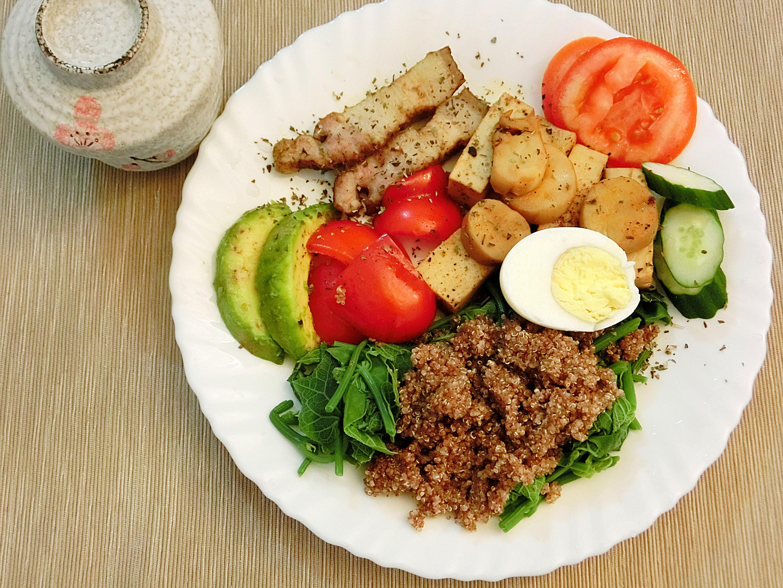 輕食早餐 - 紅藜沙律