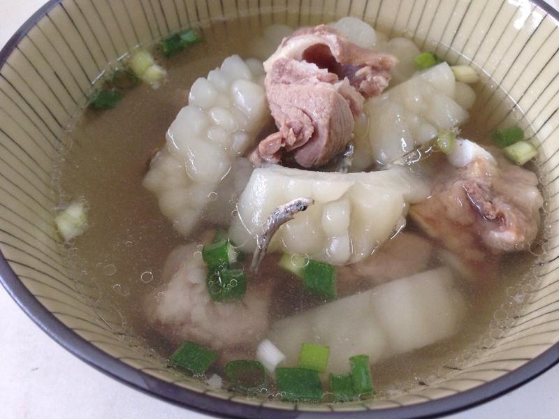 小魚乾苦瓜排骨湯