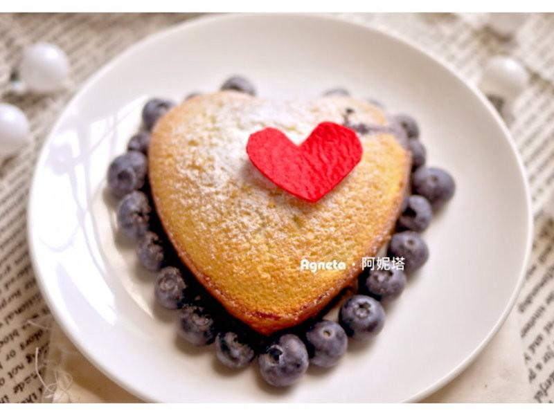 [阿妮塔♥sweet] 無油‧白蘭地藍莓愛心蛋糕。