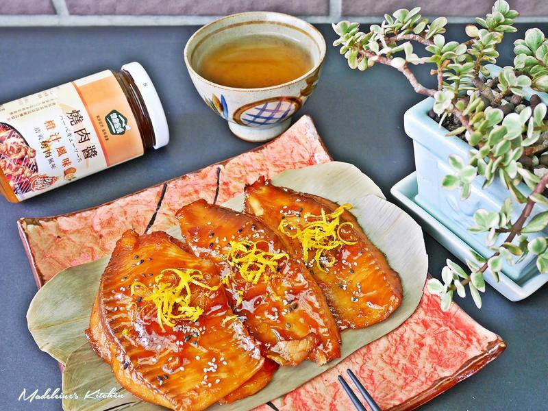 蒲燒雕魚片