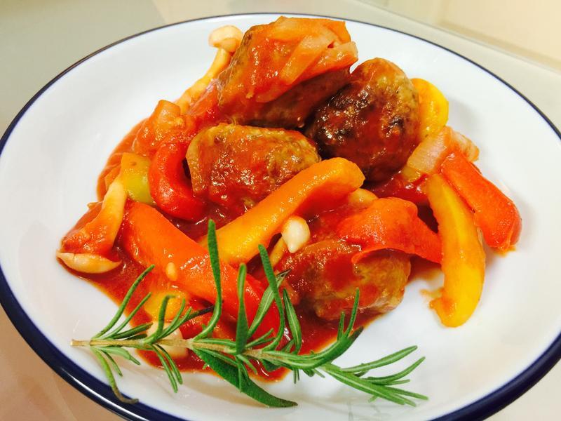 小孩最愛:彩椒鮮蔬蕃茄肉丸子