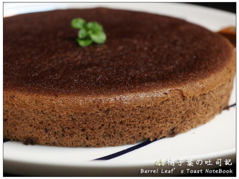 巧克力戚風蛋糕 (燙麵法) 更柔軟