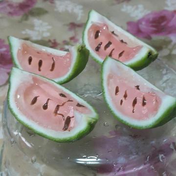 儰裝西瓜果凍