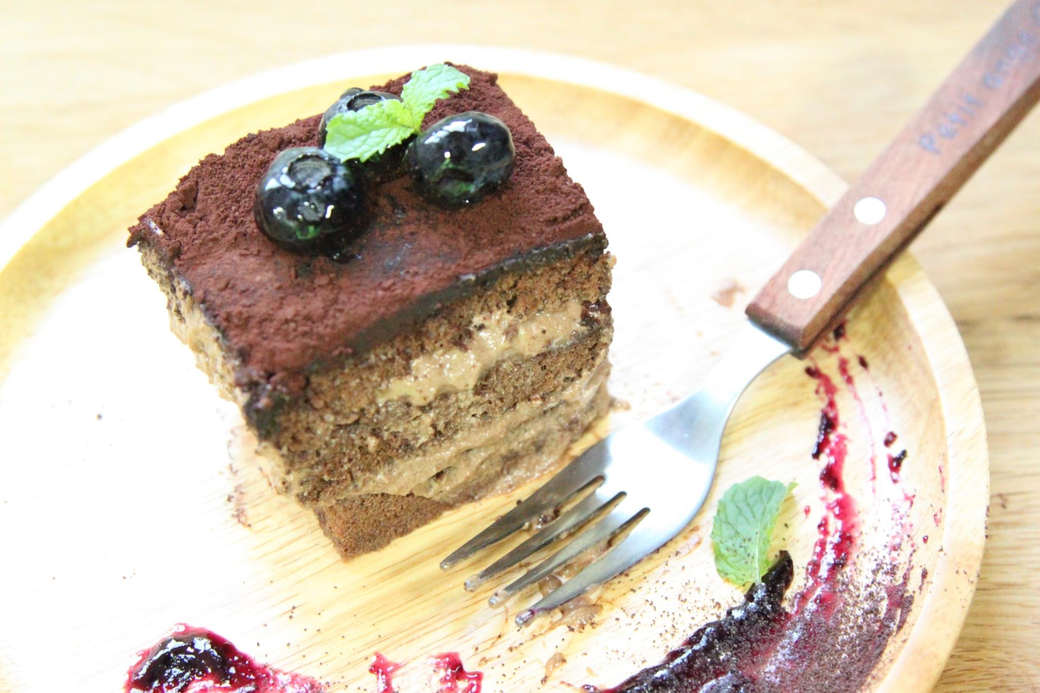 巧克力鮮奶油蛋糕