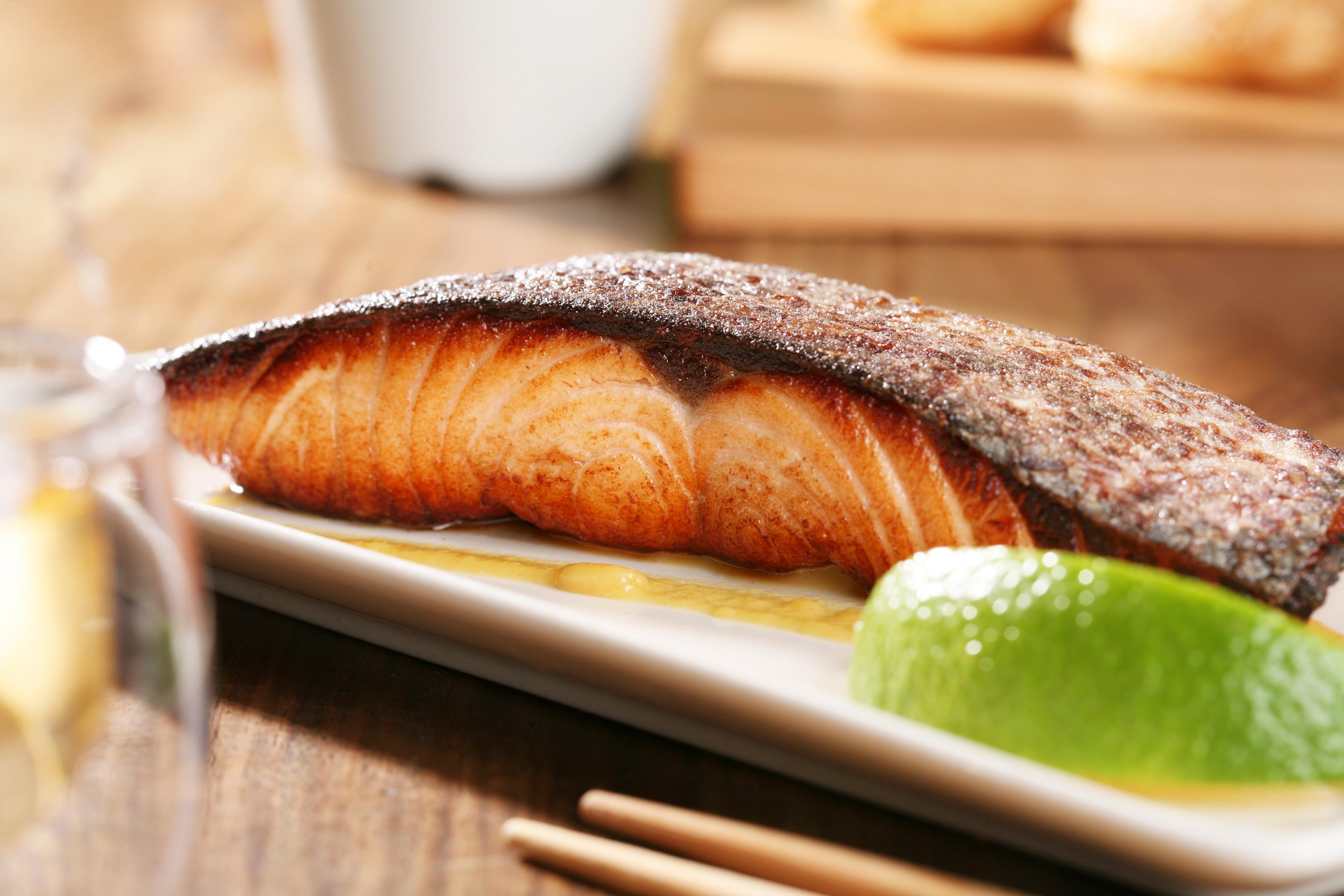 掌廚房 - 香煎白味噌鮭魚