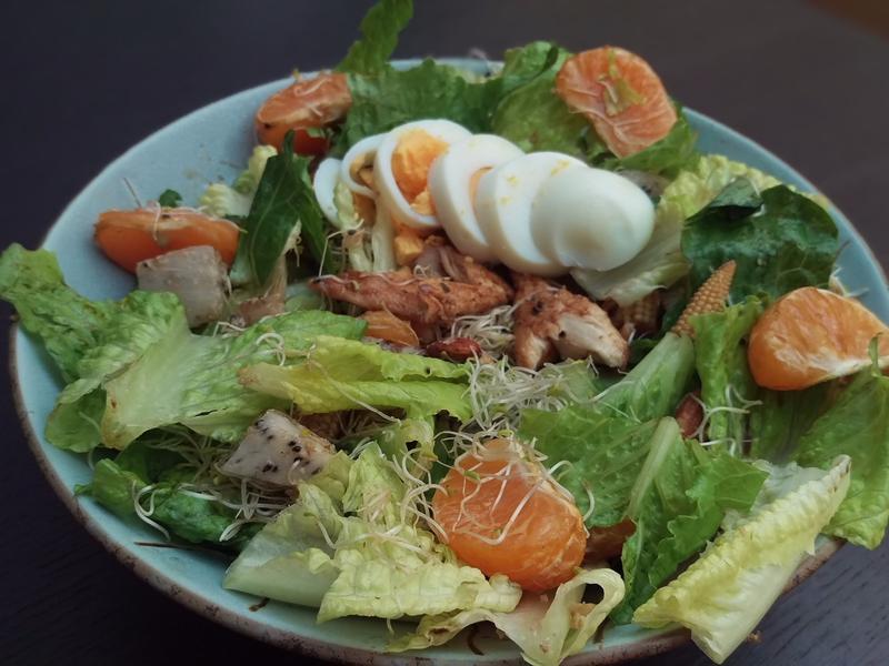 【夏日輕食】火龍果甜橘堅果雞肉沙拉