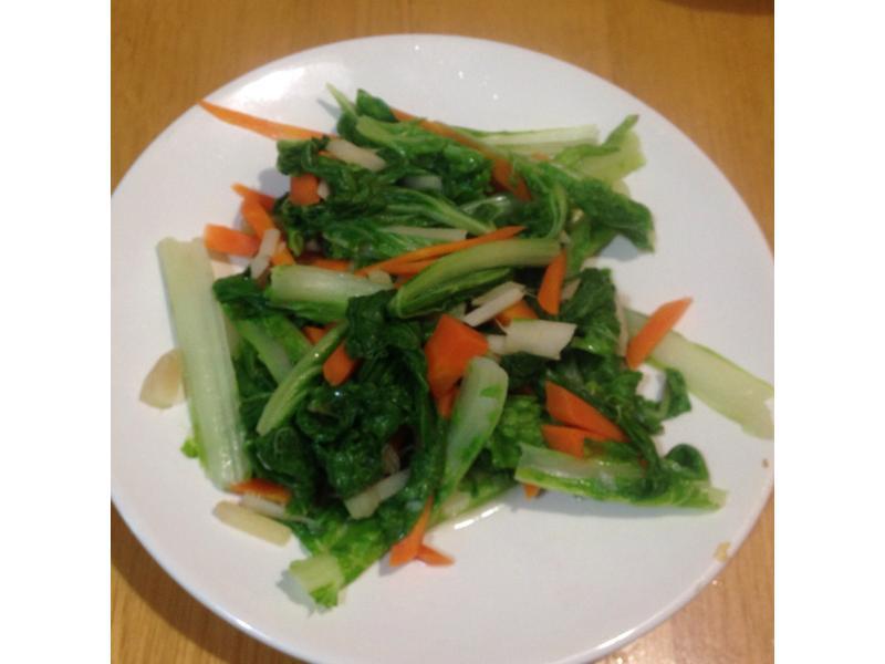 紅蘿蔔清炒小白菜