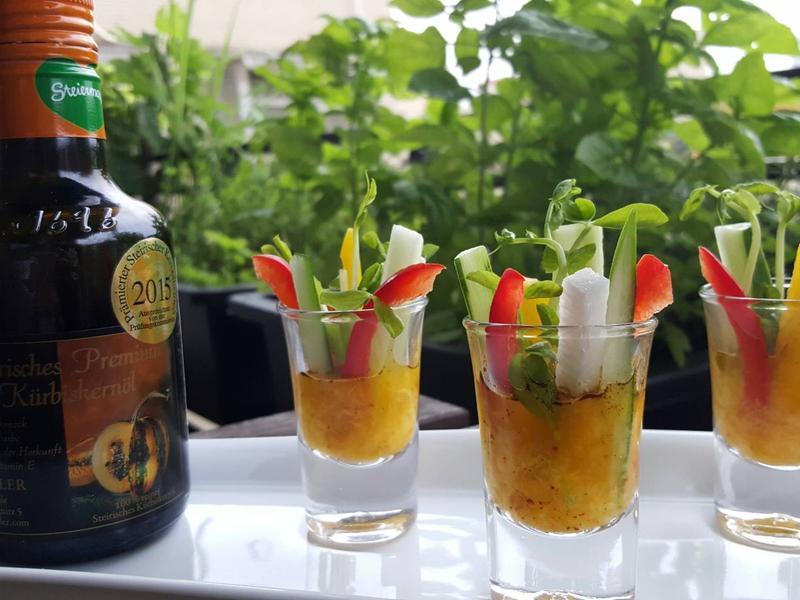 南洋風味-「一口時蔬佐芒果沙拉」