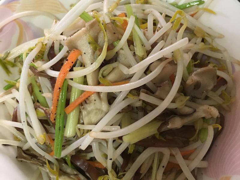 炒豆芽~素食