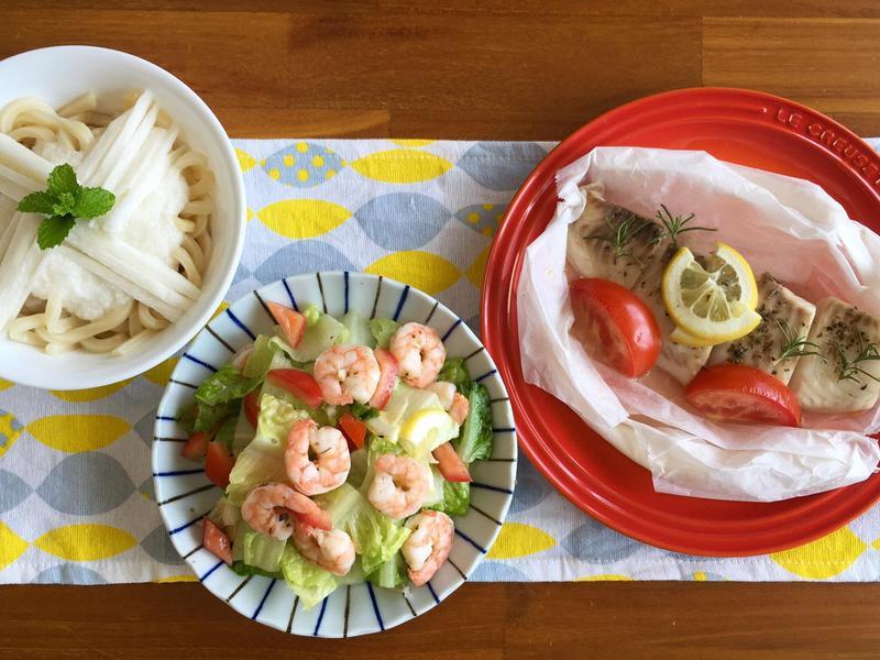 紙包魚、蒜香蝦沙拉(水波爐_一爐多菜)